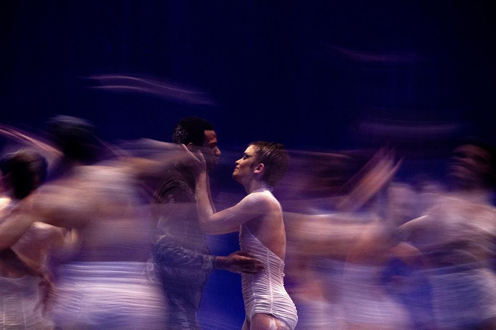 Balé Teatro Guaíra apresenta nova temporada de O Lago dos Cisnes