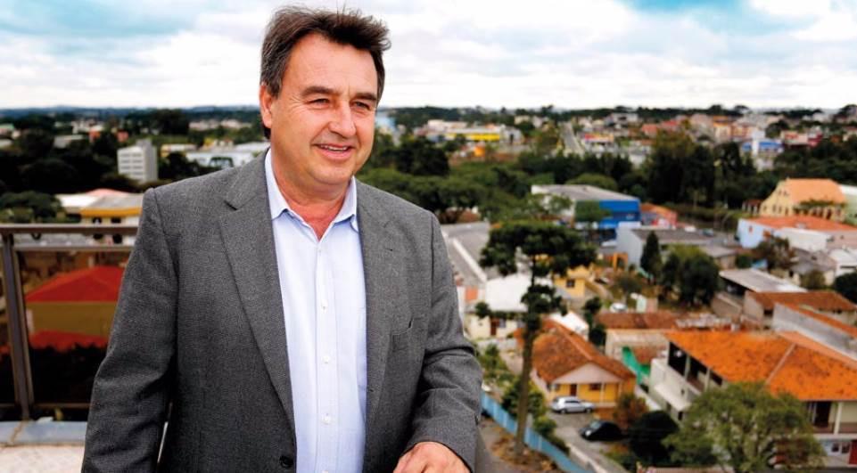 Família de ex-prefeito de Araucária é sequestrada