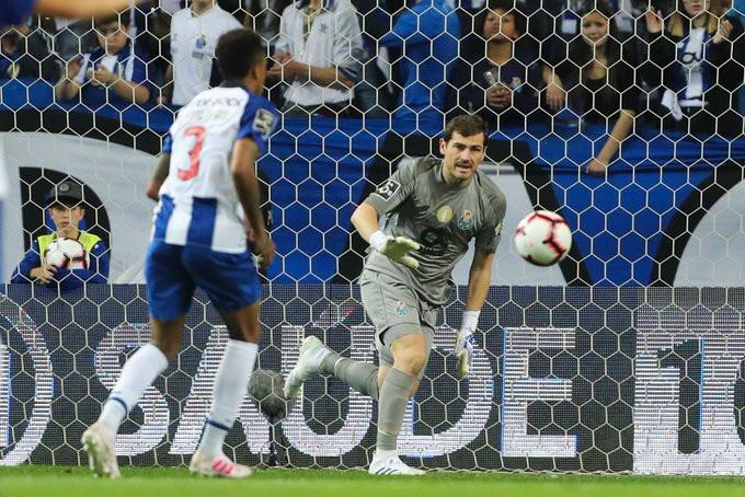 Casillas sofre infarto, mas consegue se recuperar