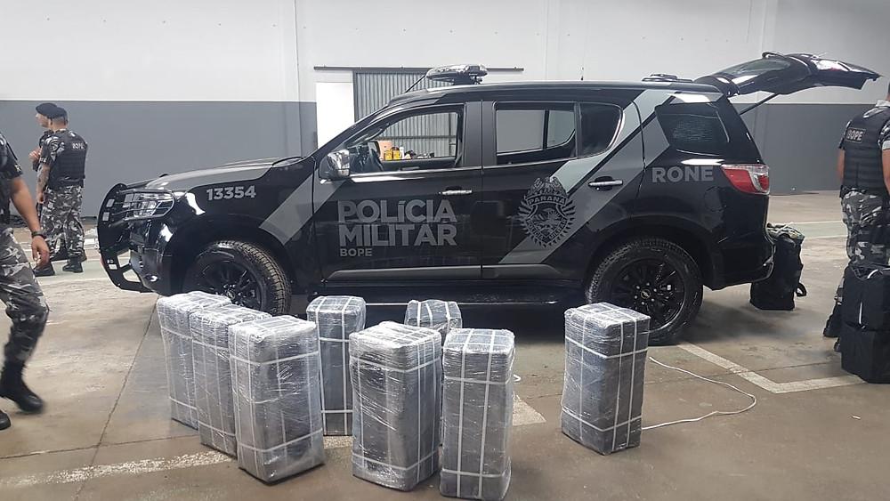 Polícia apreende 1,2 tonelada de cocaína em São José