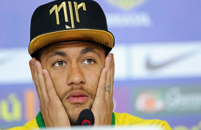 Neymar é acusado de estupro em hotel de Paris