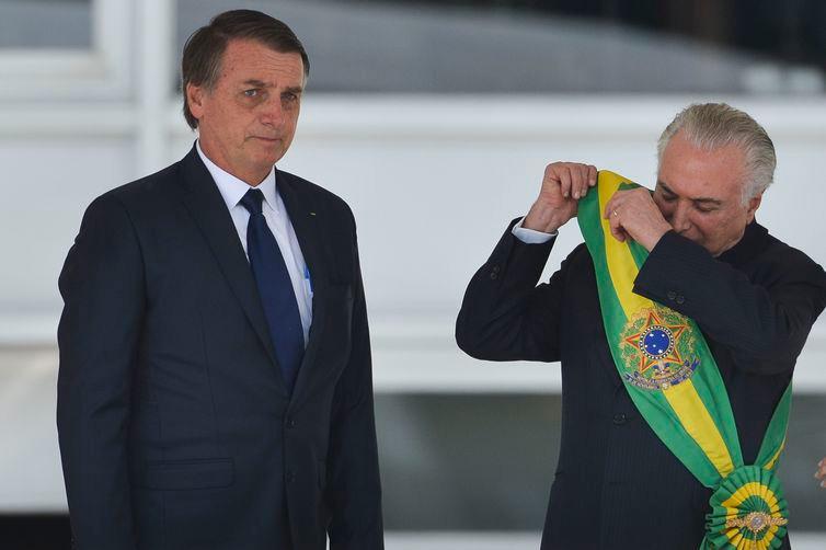 Temer se despede da equipe e embarca para São Paulo