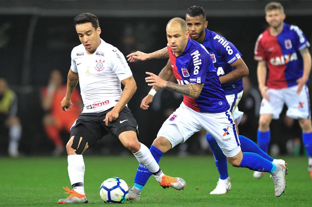 Paraná segue rotina de derrotas no Brasileirão
