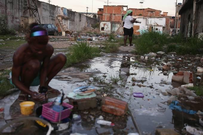 Desigualdade de renda para de cair no Brasil após 15 anos