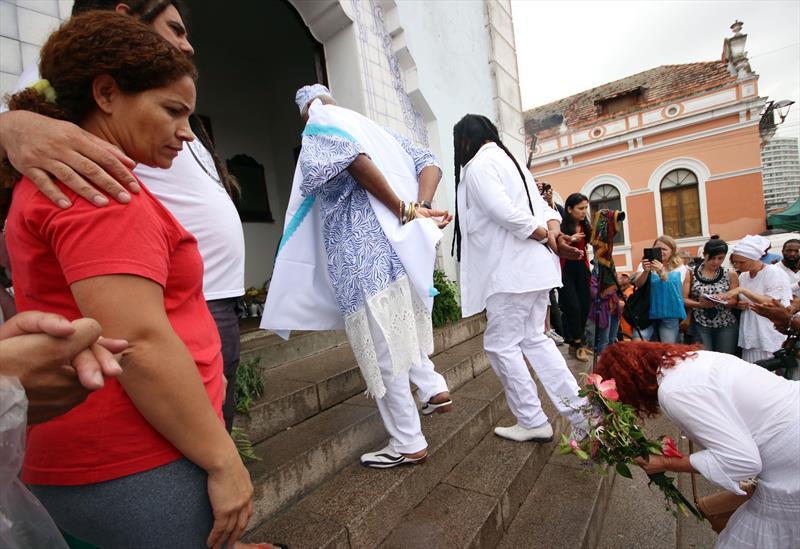 Lavação da Igreja do Rosário celebra a consciência negra