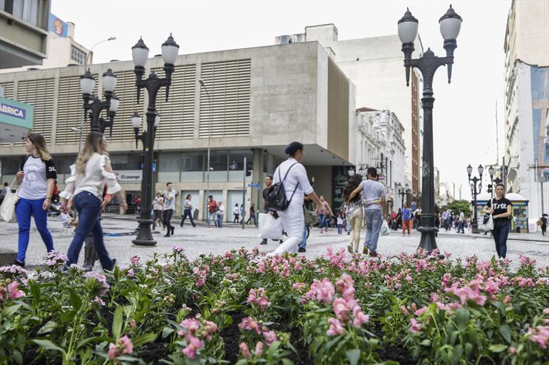 Calçadão da XV vai virar a segunda rua interativa de Curitiba