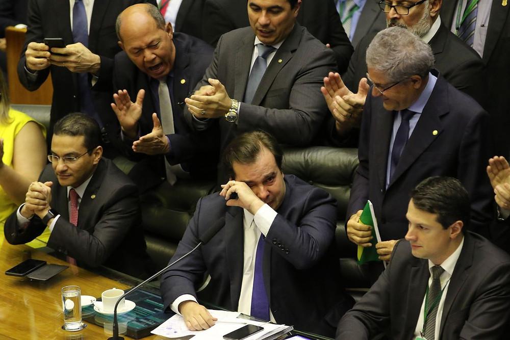 Governo libera mais R$ 440 milhões em emendas em meio à votação da Previdência