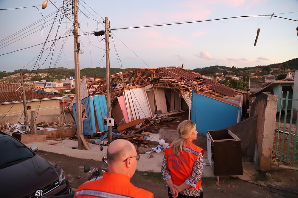 Governo do Paraná promete apoio às famílias afetadas pelo temporal