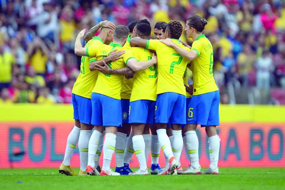 Sem Neymar, Brasil goleia Honduras