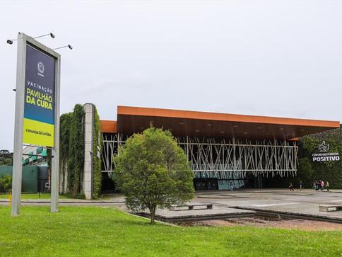 Curitiba terá linha especial de ônibus para vacinação