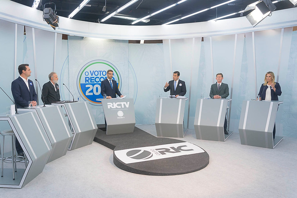 Ataques a Beto Richa dominam debate de candidatos ao governo