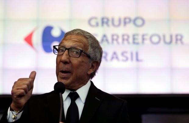 PF indicia Abílio Diniz e mais 42 por fraude na carne