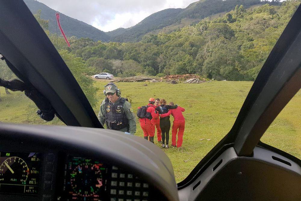 Bombeiros do Paraná fizeram 14 pessoas em montanhas e florestas