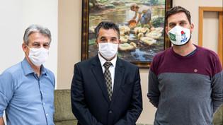 Deputados pedem que TJ-PR suspenda despejos durante a pandemia