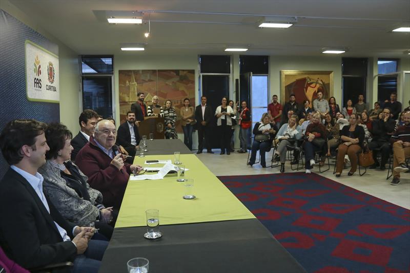 Prefeitura de Curitiba lança Campanha do Agasalho