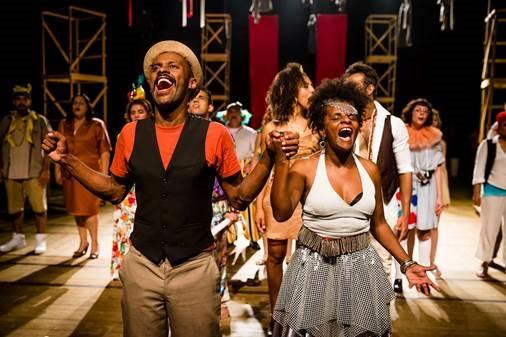 Coro Cênico de Curitiba celebra o samba no Teatro Sesi Portão