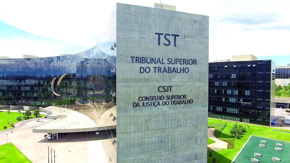 Frente de juízes alerta Bolsonaro sobre Justiça do Trabalho