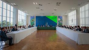 Ratinho Jr. debate orçamento de 2021 com deputados estaduais