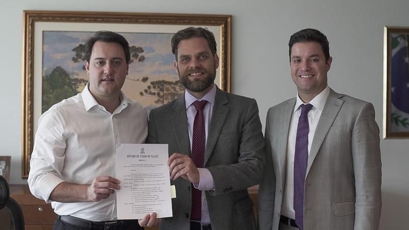 Goura e Ratinho Jr. anunciam Conselho Paranaense de Ciclomobilidade