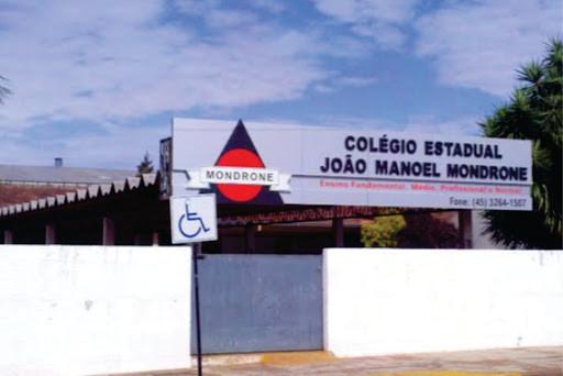 Adolescente atira contra colegas em escola no Paraná