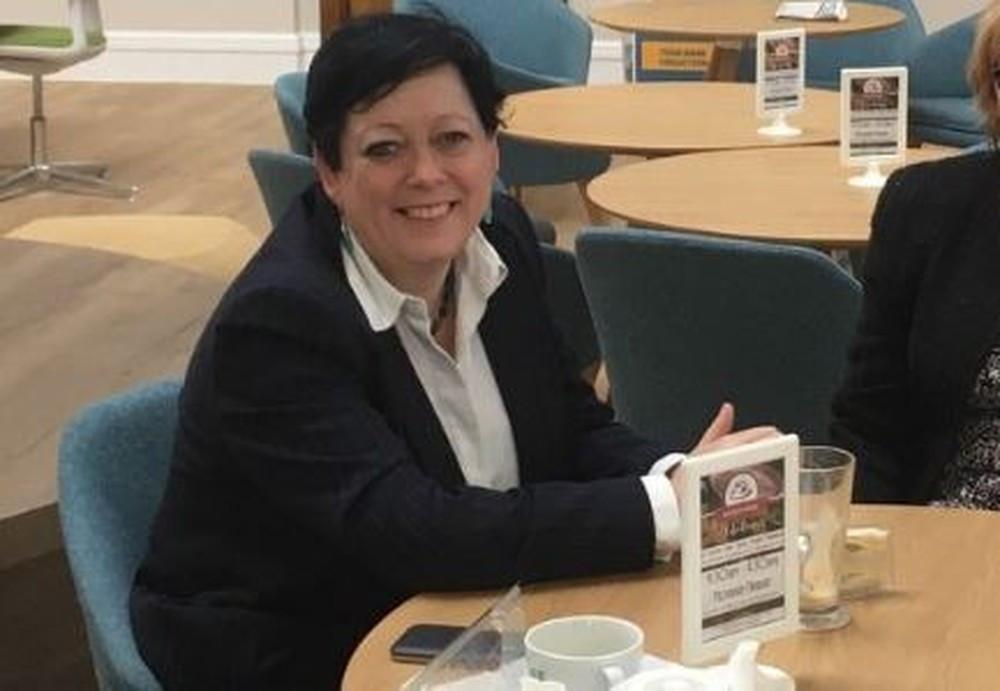 Reino Unido nomeia ministra de prevenção do suicídio
