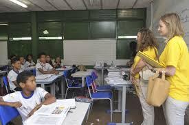 Bolsonaro sanciona lei que permite falta escolar por motivo religioso