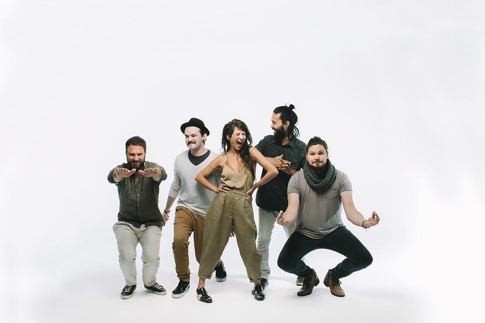 A Banda Mais Bonita da Cidade faz show em São José