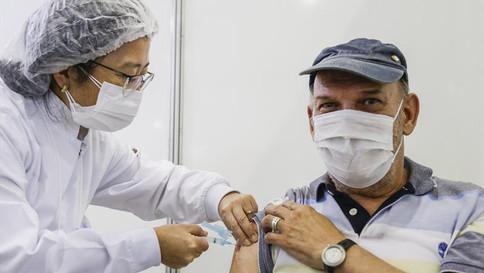 "Frente Parlamentar debate denúncias de ""fura-fila"" da vacina"