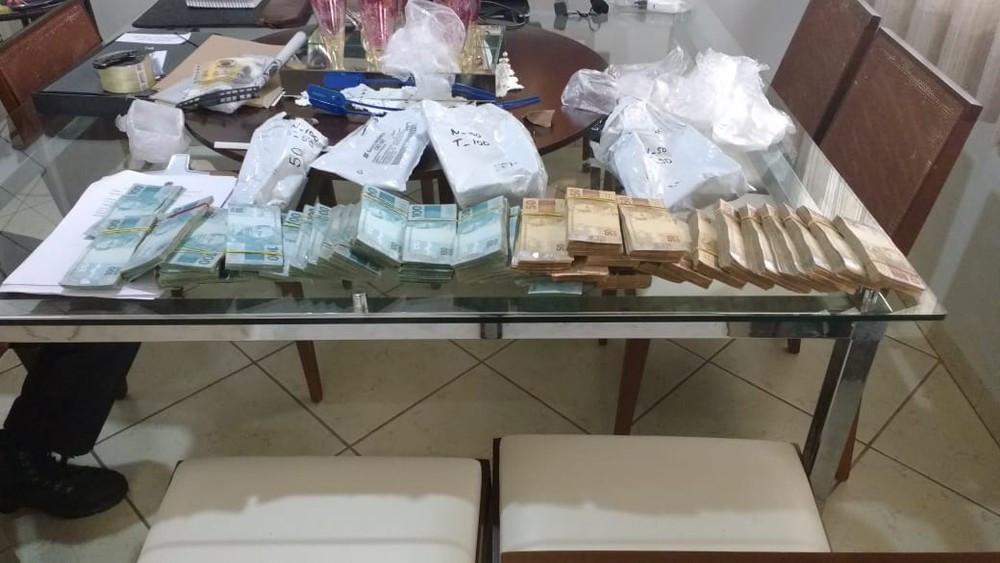 Polícia Federal faz operação contra contrabando de cigarro