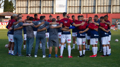 Vitória do São José rebaixa o Paraná Clube para a Série D