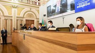 Câmara acata contas de 2018 da gestão Greca