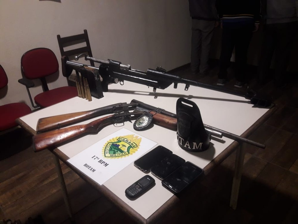 PM apreende arsenal na região metropolitana de Curitiba