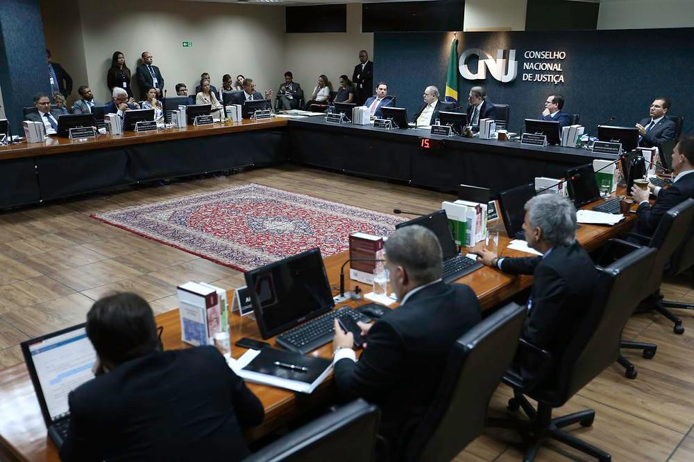 CNJ aprova novo auxílio-moradia para magistrados