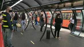 Curitiba retorna à bandeira laranja após aumento de casos