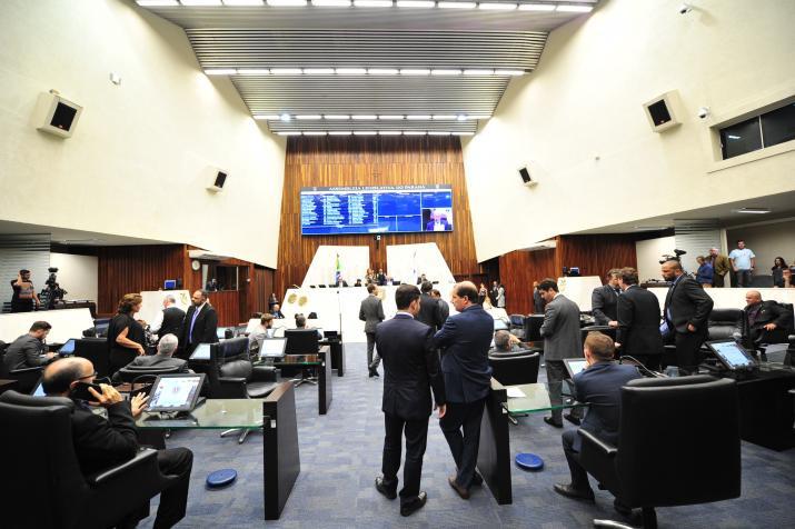 Deputados aprovam período de tolerância nos pedágios