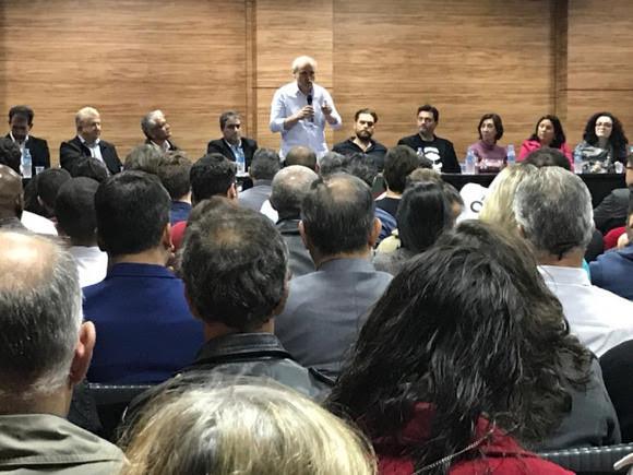 PDT reelege Fruet para presidir partido em Curitiba