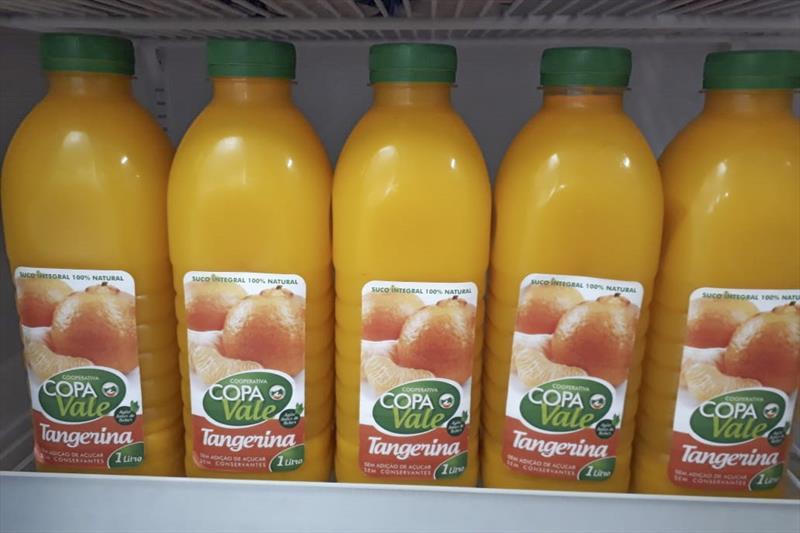 Agricultores da RMC vão produzir sucos para Armazéns da Família