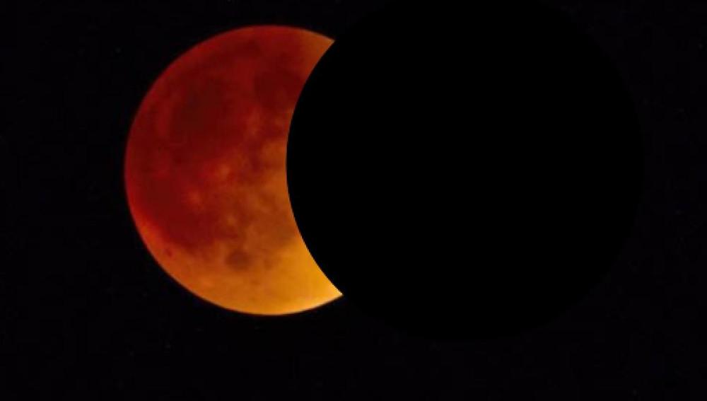 Fenômeno da Lua de Sangue ocorre na sexta-feira