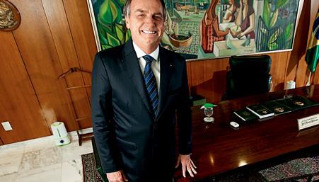 Bolsonaro descarta golpe e até defende urnas eletrônicas