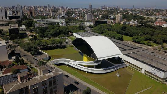 Museu Oscar Niemeyer fecha ao público por uma semana