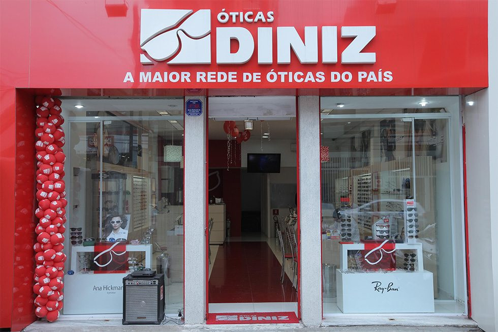 Ótica oferece 25 mil consultas gratuitas e doação de óculos