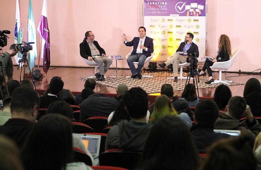 Ratinho afirma que jovens precisam sentir orgulho de viver no Brasil