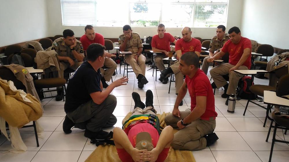 Curso forma 128 novos socorristas no Paraná