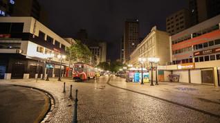 Curitiba libera funcionamento de atividades sem restrição de horário