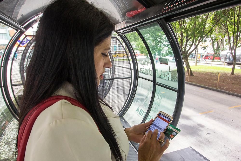 Estações-tubo terão internet wi-fi