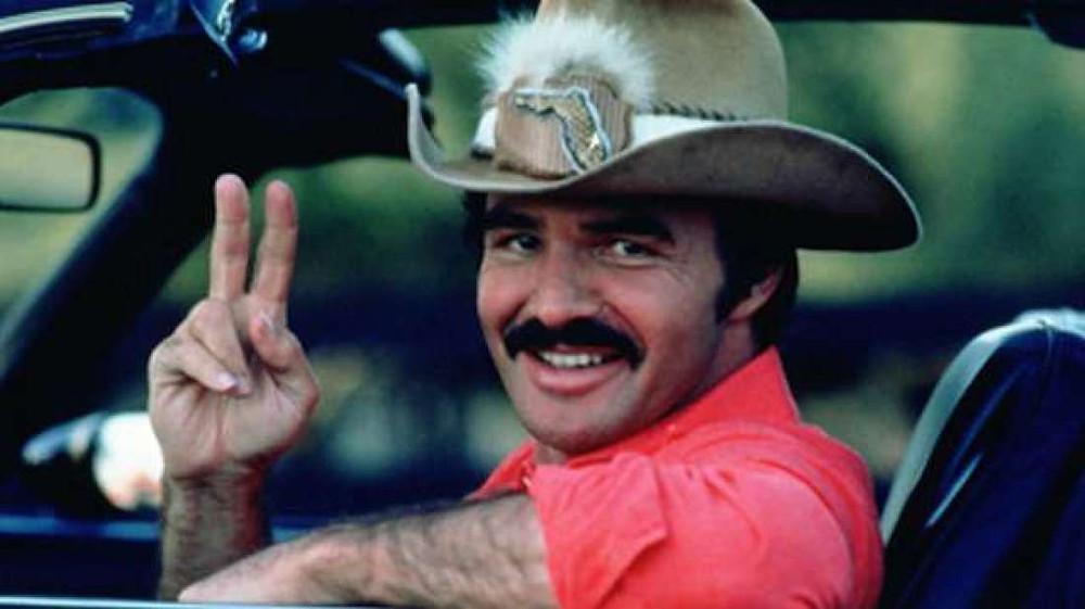Morre o ator Burt Reynolds aos 82 anos