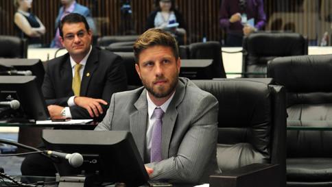 Audiência pública debate a carga tributária no Paraná