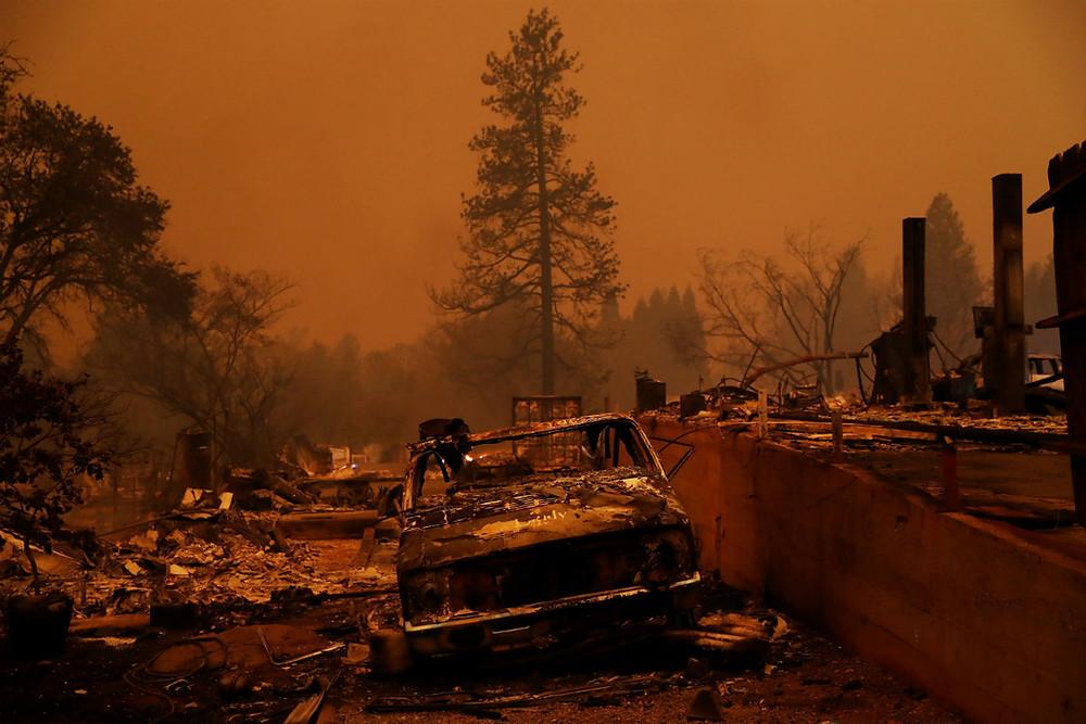 Número de desaparecidos em incêndio na Califórnia passa de 600