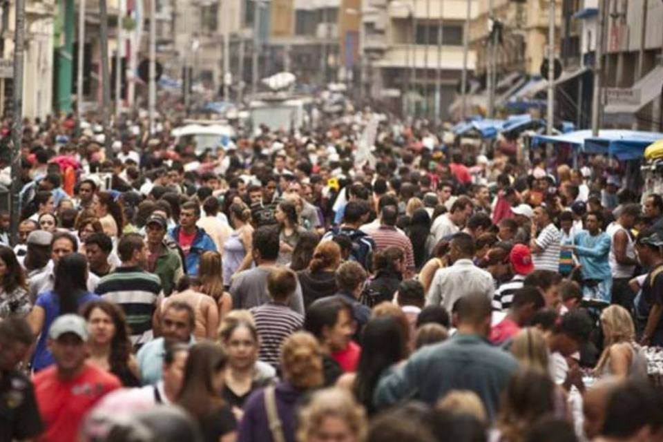 População brasileira passa de 208 milhões de pessoas