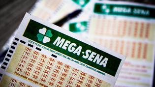 Apostador de Curitiba leva R$ 2,7 milhões na Mega-Sena